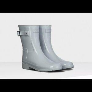 Hunter Women's Short Gloss Rain Boots Grey Size 6